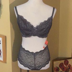 Gray Lace Set 40D Bra & 2XL BoyShort Panty $38 new